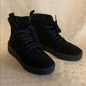 NWOT ASOS lace up suede style sneaker boots 6